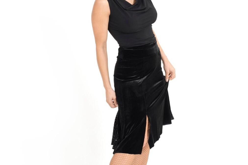 A taste of our A/W 2016 velvet collection: velvet skirt!