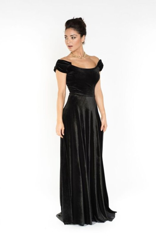 Two bows black velvet evening gown