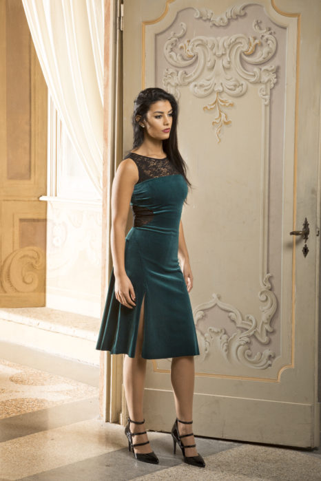 Tango dress in forrest green velvet and black lace