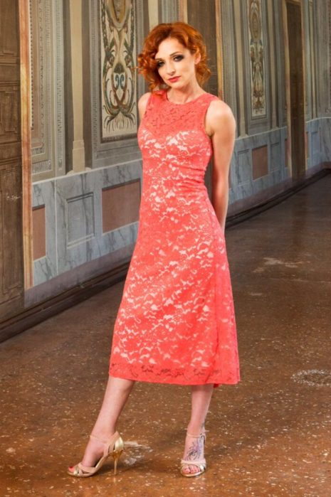 Summer tango dress in cotton lace