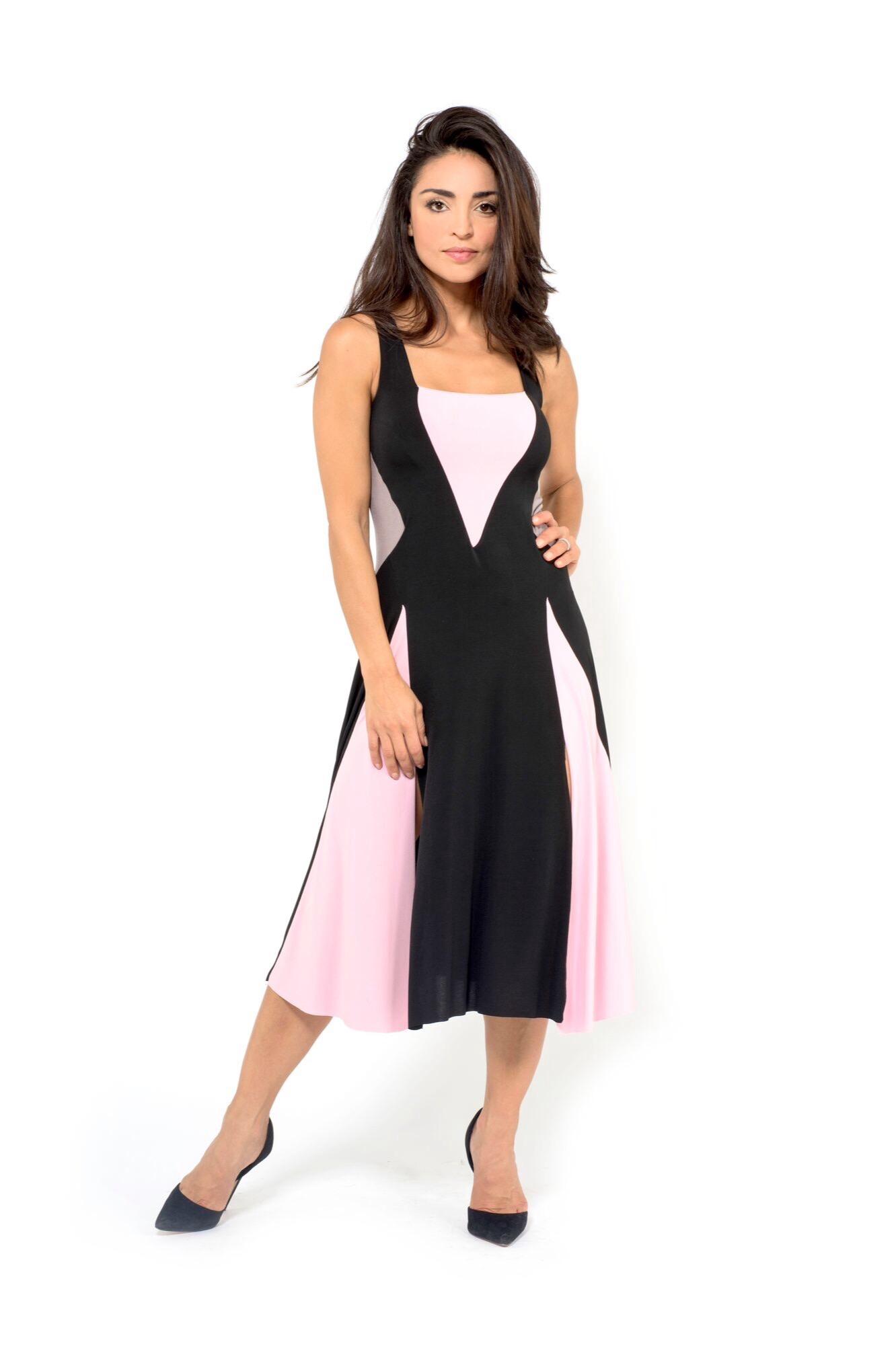 A colored image of rombi tango dress