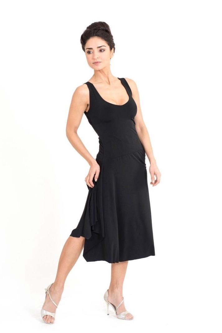 A simple and elegant tango dress