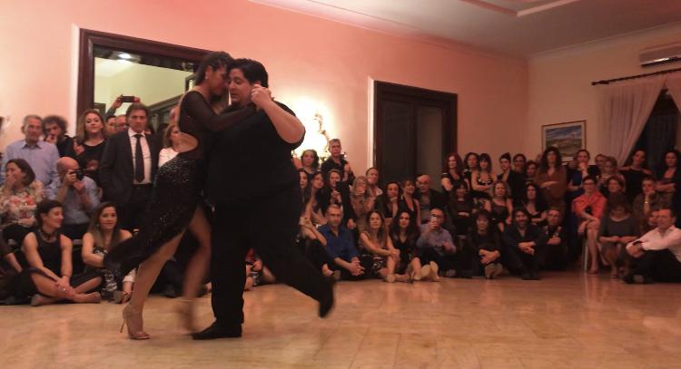 Alejandra Mantinan & Aoniken Quiroga Tango milonga
